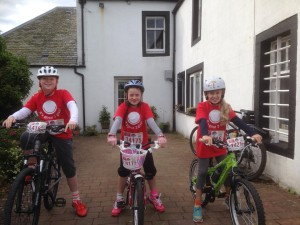 Tabby, Ruby and Danielle setting off